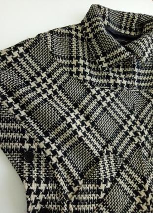 Оригинальное пальто/пончо в клетку с содержанием  шерсти