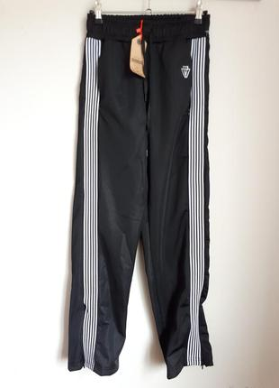 Спортивные штаны с лампасами tally weijl