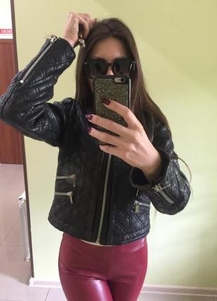 Кожаная косуха куртка mango