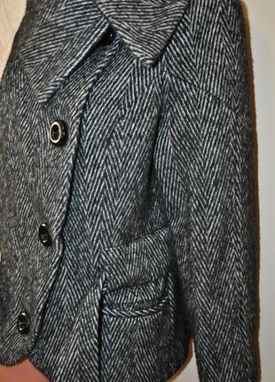 Теплый шерстяной пиджак