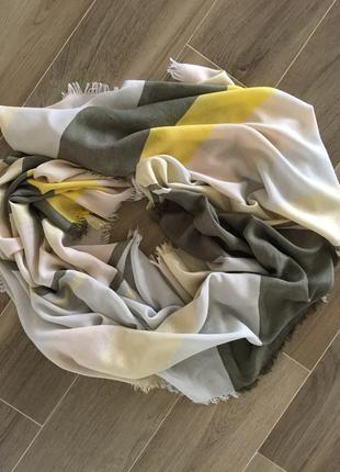 Большой  шарф  платок  палантин    zara