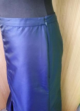 Синяя длинная атласная юбка макси присобраная по подолу4