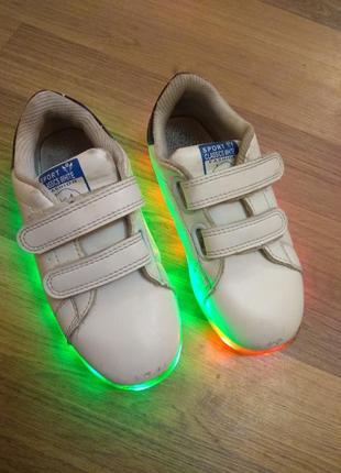 Светящиеся лед кроссовки для мальчика 28-29р.