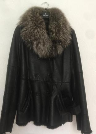 Кожаная куртка с воротником чернобурки