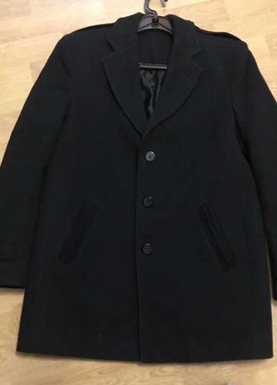 Мужское зимнее пальто чёрное тёплое