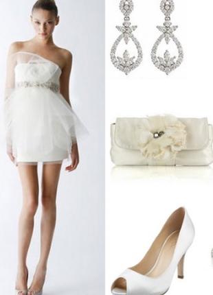 Нарядное стильное платье миди выпускное свадебное