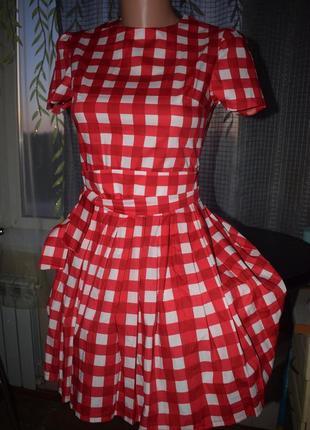 Красное платье в клетку новое