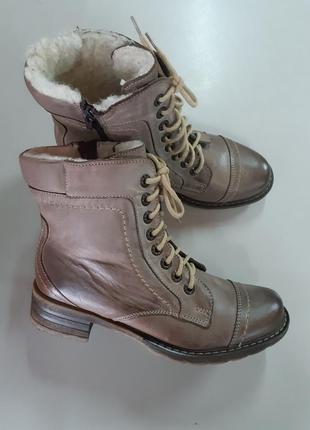 Кожаные ботинки цвет капучино, 36 размер, польша