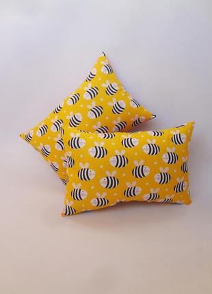 Декоративная подушка, двухсторонняя хлопок и плюш - пчелы
