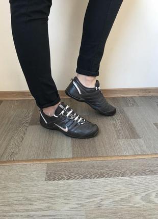 Кожаные дышащие кроссовки nike air 38-38,5р 24,5 см