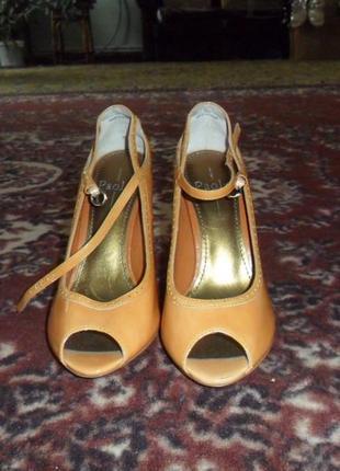 Туфли с открытым носком 37р. 23,5 см