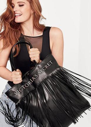 Черная сумка  victoria's secret fringe tote