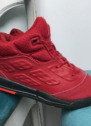 Модные кроссовки air jordan