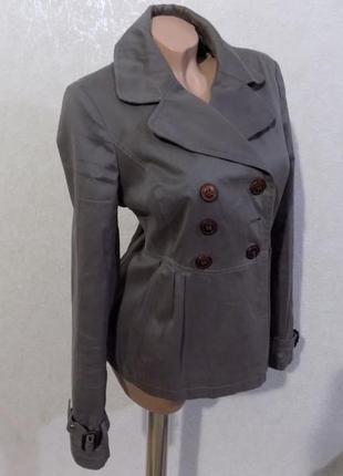 Куртка баска расклешенная фирменная topshop размер 46-48