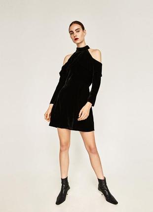 Zara бархатное платье с открытыми плечами, чокер, s