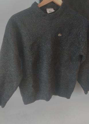 Шикарный свитер от lacoste