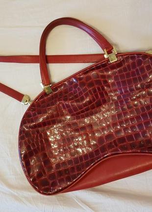 Valentino orlandi италия сумка красная лакированная кожа