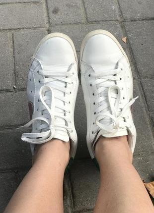 Белые кожаные кроссовки кеды 40-41 размер
