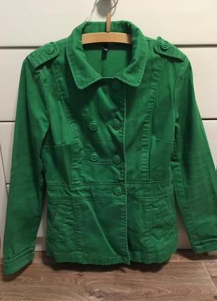 Ветровка/плащик/куртка/пиджак