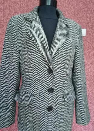 Классическое  пальто made in italy