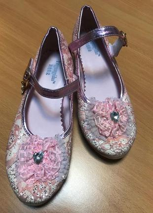 Нарядные розовые туфельки yangguangyiduo