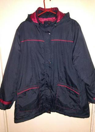 Демисезонная,лёгкая,синяя куртка с капюшоном,большого размера и 90%одежды батал