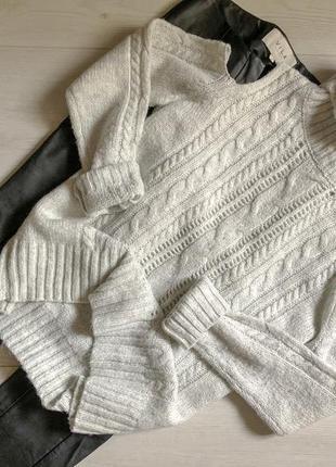 Серый свитер с открытыми плечами primark