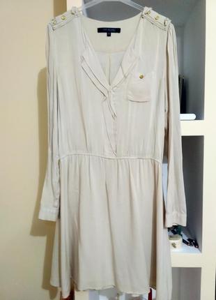 Плаття легке і зручне