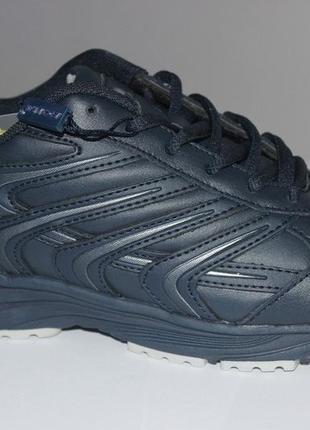 Фирменные кросы bona.. натуральная кожа...39и 41 размеры.унисек.