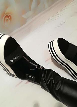 Стильные ботиночки,на 2цветной плотформе,носок! 36,37