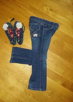 Стилевые джинсы клеш tommy hilfiger на 3-4 года