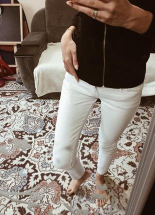 Asos белые джинсы