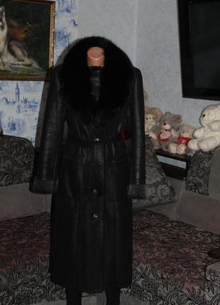 Пальто натуральный воротник мех песец осень зима