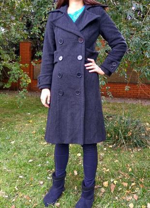 Длинное двубортное пальто zara