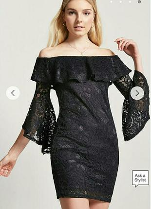 Короткое кружевное платье forever21