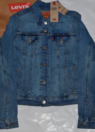 Женская курточка levi's размер xs/ девочка-подросток 14-16 л.