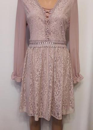 Гипюровое платье цвета пыльной розы