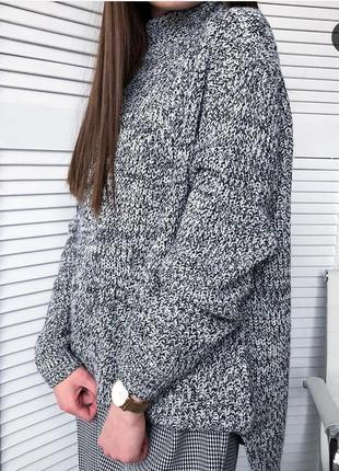 Стильный свитер под горло от peacocks