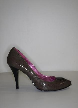 Стильненькие туфельки всего 170 грн;уместен торг