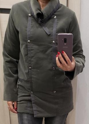 Куртка р-р л