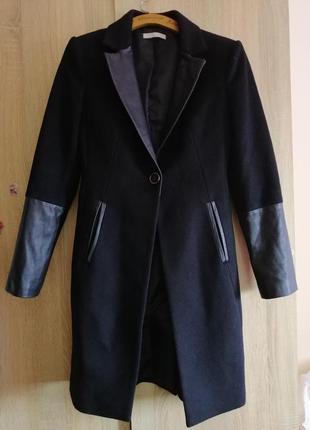 Stefanel. стильное пальто. шерсть/кожа. италия