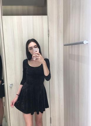 Невероятно крутое чёрное бархатное платье ✨