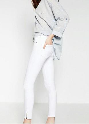 Белые джинсы zara новые с бирками