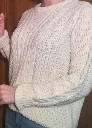 Свитер,свитерок вязанный в косы
