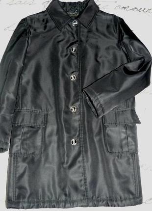 Высококачественное утепленное пальто. италия .