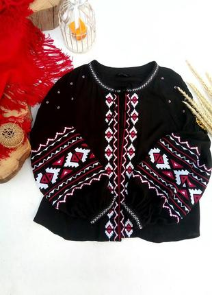 Шикарная блуза с вышивкой р m/l