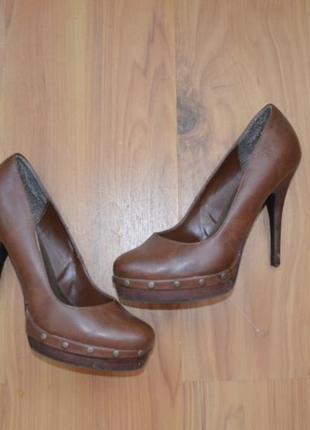 Туфли коричневые на каблуке gorgeous 39