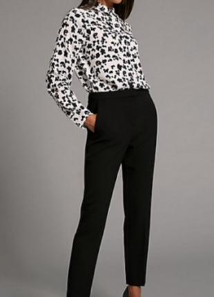 Классические зауженные брюки marks & spencer