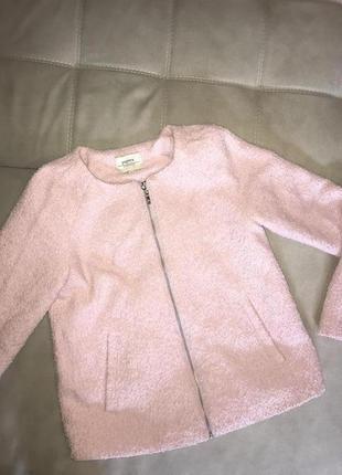 Розовое пальто,пиджак,короткое пальто