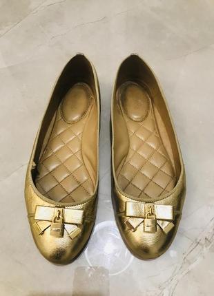 Кожаные золотые балетки michael kors (оригинал)